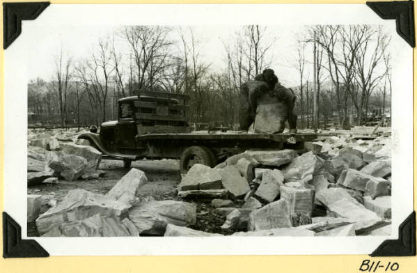 Fort Hill, hauling stone from quarry photograph