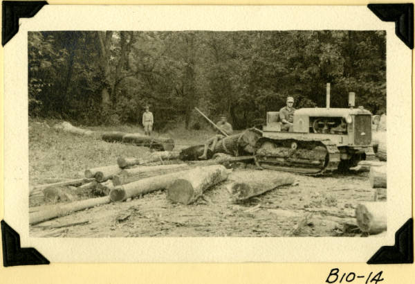 Fort Hill, hauling logs to mill photograph