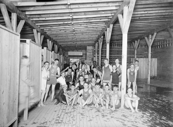 Olentangy Park swimmers photograph