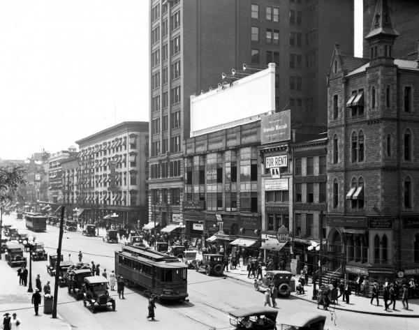 Broad and High Streets photograph, 1921