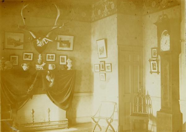 Adena interior hall photograph