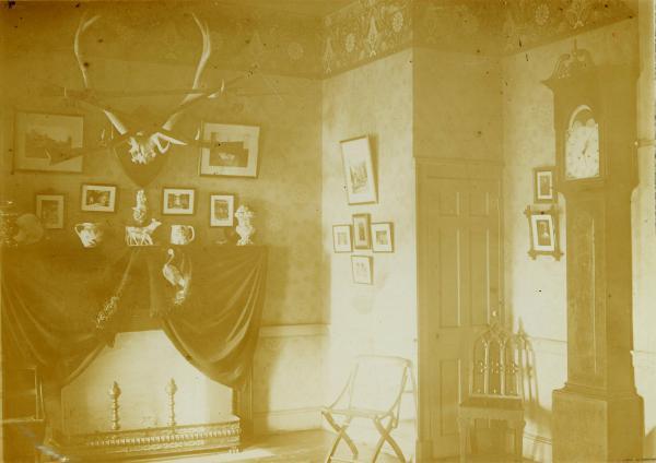 Adena interior hall photograph