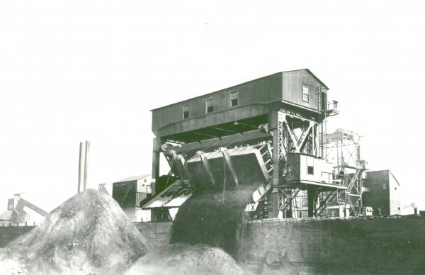 Youngstown Sheet and Tube Company's Campbell Works car dumper