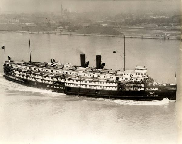 City of Cleveland III Steamer photograph