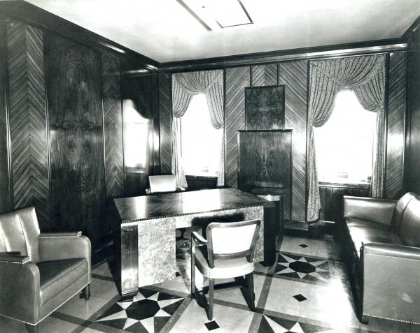 Ohio State Office Building, governor's office, photograph