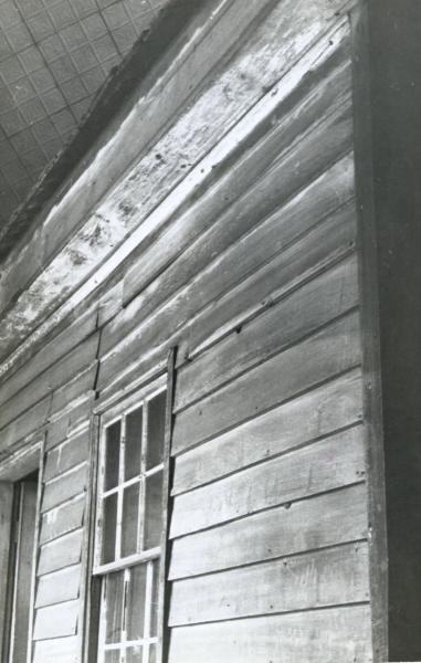 Front facade of Ulysses S.  Grant Cabin photograph