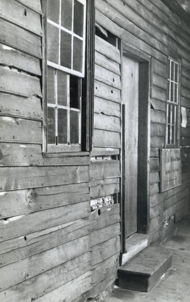 Rear elevation of Ulysses S. Grant Cabin photograph