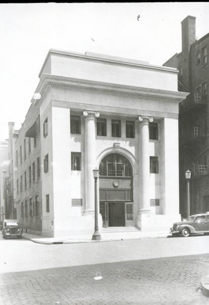 Union Building and Savings in Columbus photograph