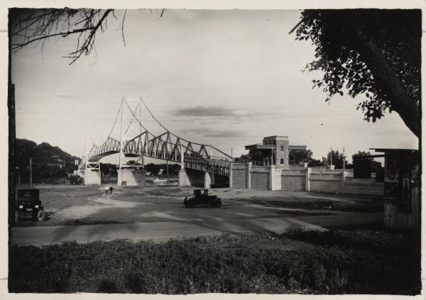 Silver Bridge photograph