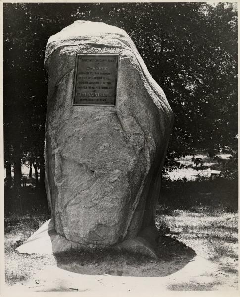 Fort St. Clair monument photograhp