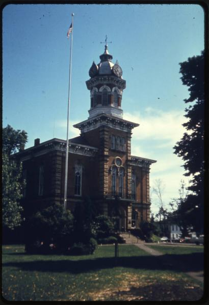 Geauga County Courthouse photograph
