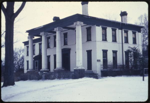 Kinsman House, Warren, photograph
