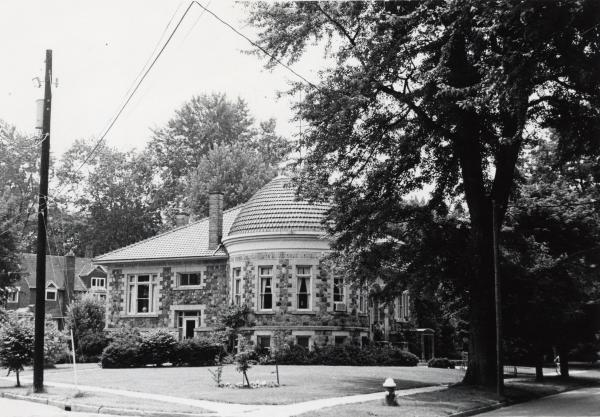 Clyde Public Library  photograph
