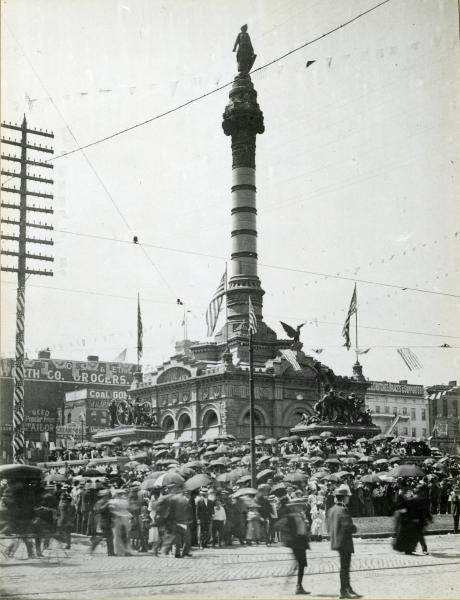 Soldiers' and Sailors' Monument photograph