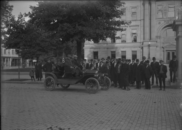 Model T in front of Wyandot County Courthouse photograph