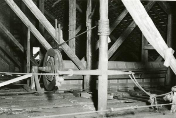 Spanish windlass and partition photograph