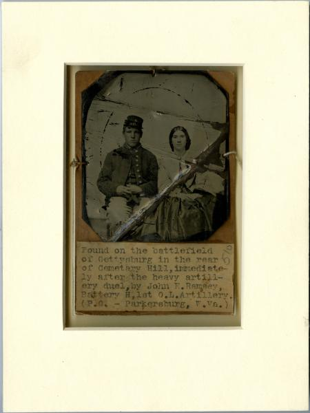 Union soldier and woman tintype