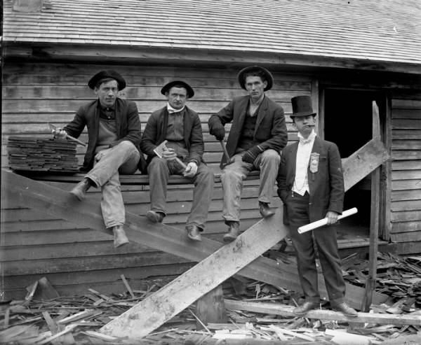 Roofers and foreman