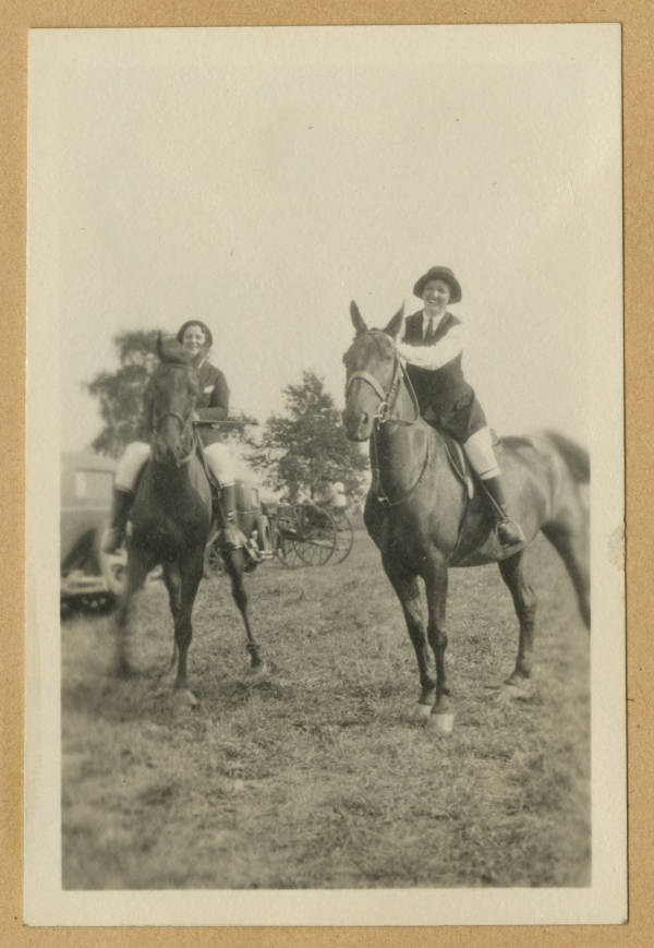 Tommis and Meriam on horseback photograph