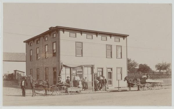 Early Columbus storefront photograph