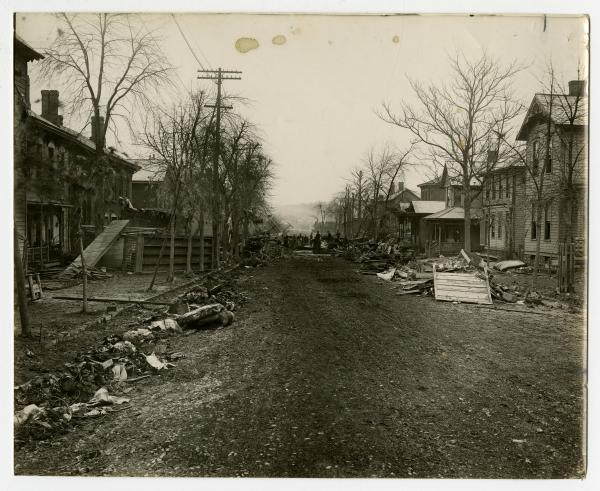 Debris following 1913 flood in Zanesville