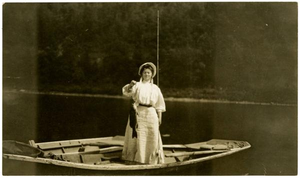 Dolly Grey with bass