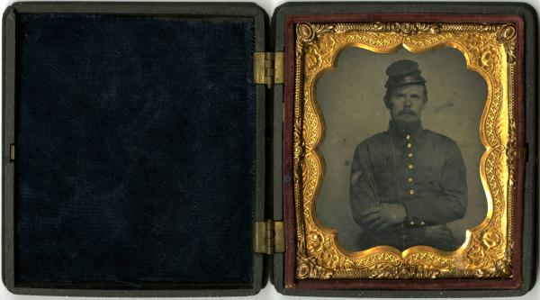 Unidentified soldier tintype