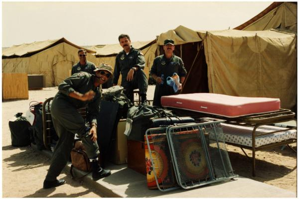 U.S. soldiers in camp during Gulf War photograph