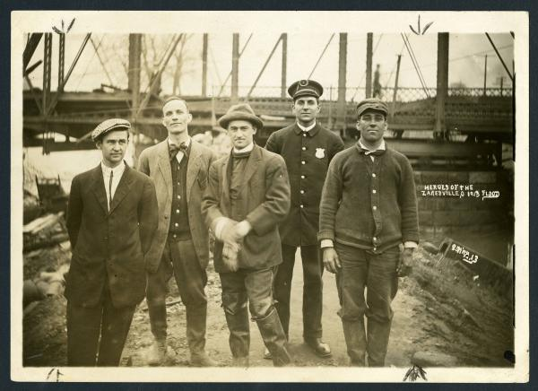 'Heroes of the Zanesville Flood' photograph