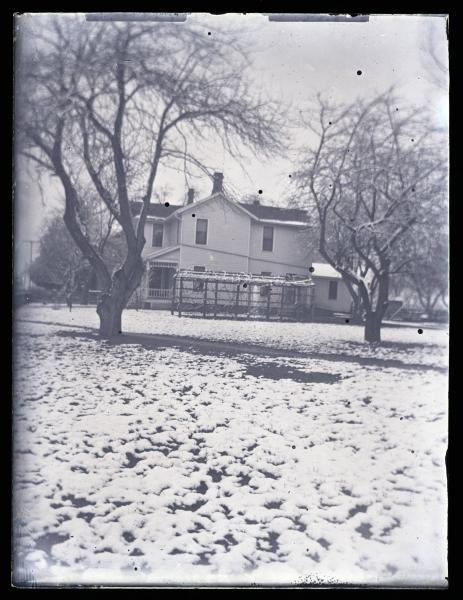 Kinley family home photograph