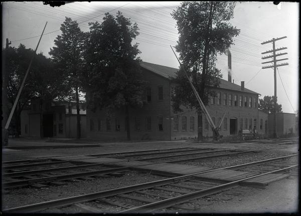 Shealy and Stephan Lumber Yard photograph