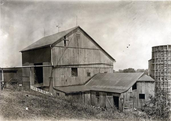 Barn on Taber farm photograph
