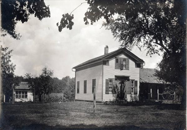 Huber farmhouse photograph