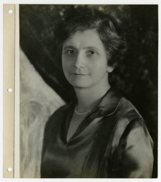 Mary Grossman portrait