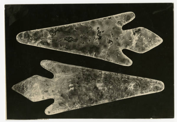 Mica spear points photograph