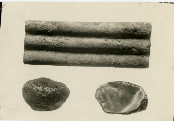 Hopewell burial artifacts photograph