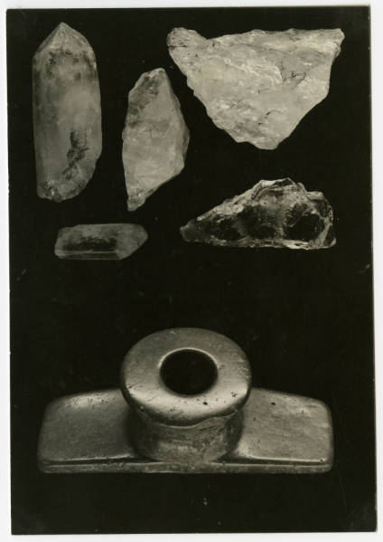 Hopewell quartz, crystals and platform pipe