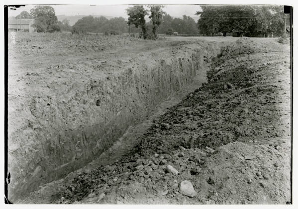 Hopewell Mound Group #25 excavation photograph
