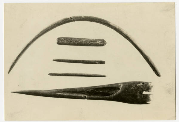 Bone awls and needles from Hopewell Mound Group