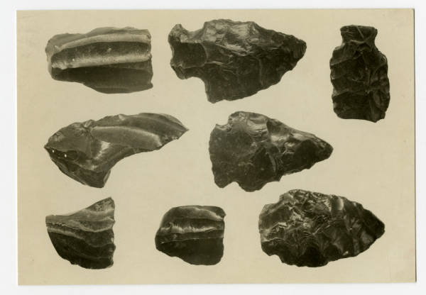 Hopewell obsidian objects photograph