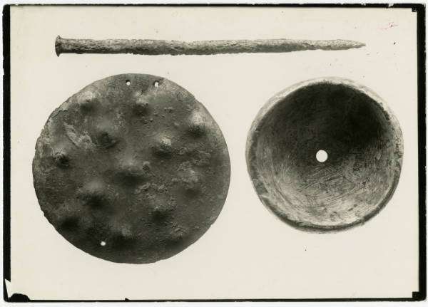 Hopewell burial objects photograph