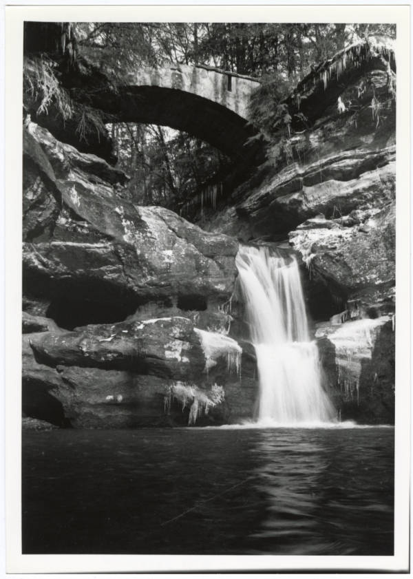 Old Man's Cave photograph