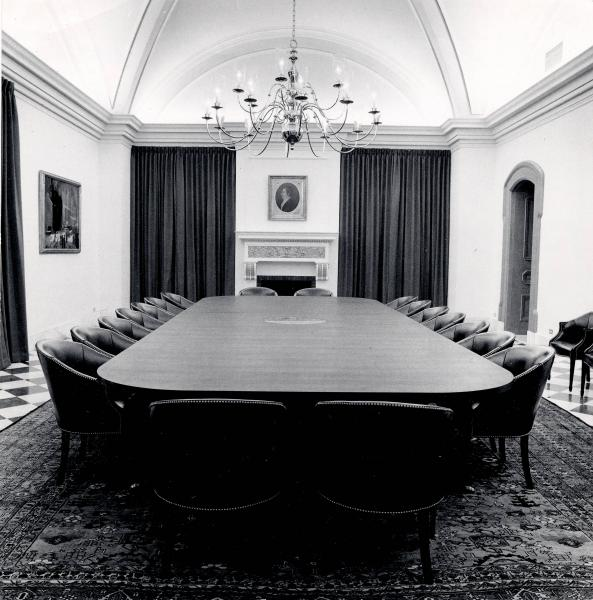 Governor's Cabinet Room photograph