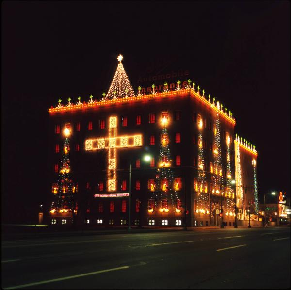 State Auto Insurance Building Christmas lights photographs