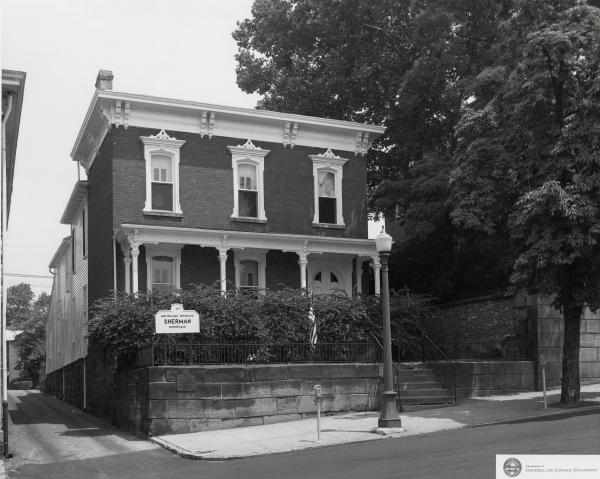 Sherman House photograph