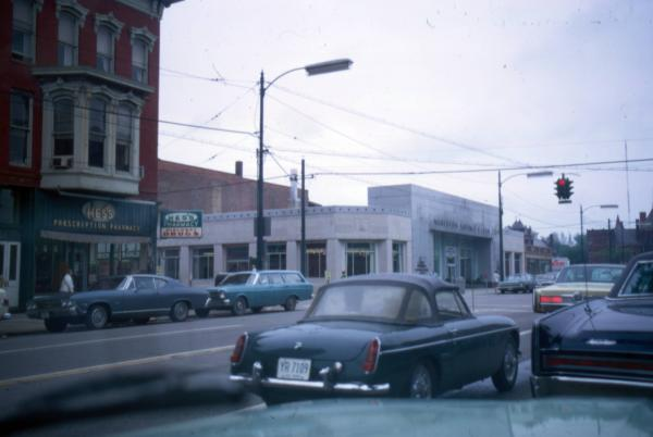 Middle Avenue and 2nd Street (Elyria, Ohio)