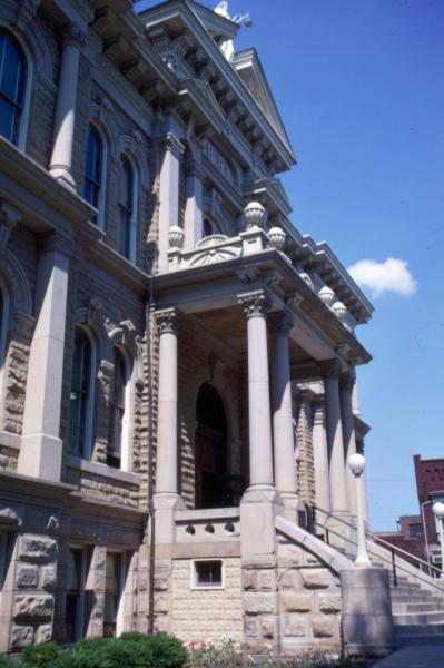 Guernsey County Courthouse