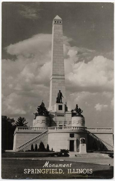 Abraham Lincoln monument and tomb postcard