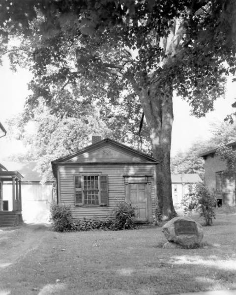 Giddings Law Office photograph