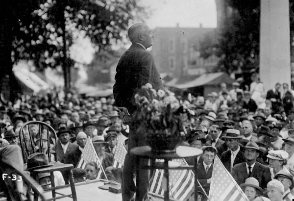 Warren G. Harding addressing campaign supporters photograph
